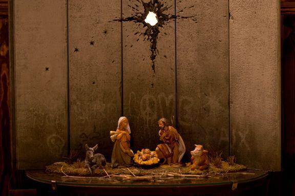 Se Banksys mørke julekrybbe i Betlehem