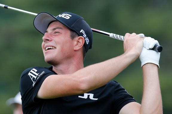 Hovland nær hole-in-one