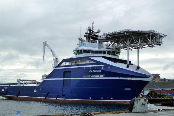 Norsk skip reddet ni personer fra brennende seilbåt