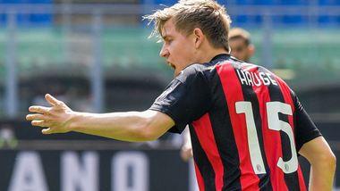 Lekkert Hauge-mål reddet Milan i tidenes «norskeste» Serie A-kamp