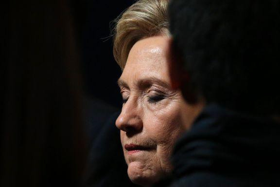 To forfattere snakket med 100 av Hillary Clintons nærmeste. Boken deres forteller om en kampanje som var i trøbbel fra dag én.