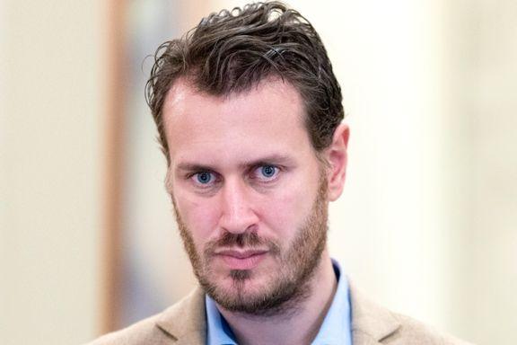 Helge André Njåstad trekker seg fra alle verv i Frp – innrømmer å ha delt sensitiv info om #metoo-varsler