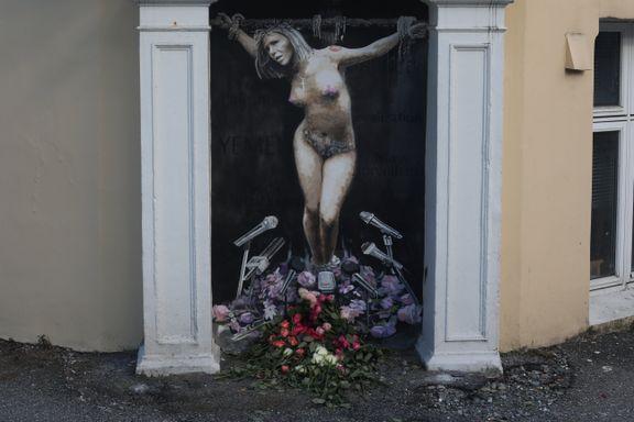 Et makulert millionmaleri og en naken politiker på korset. Dette er stuntene vi husker fra 2018.