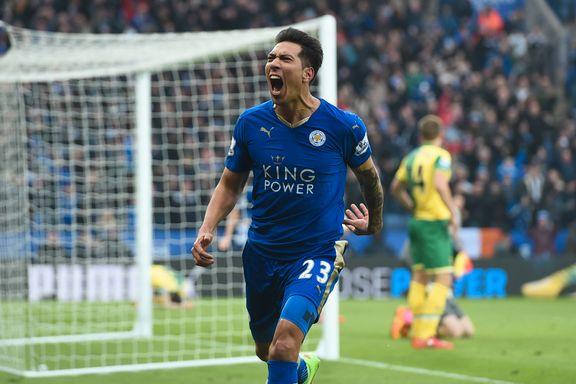 Leicester satte press på topplagene etter dramatiske sluttminutter