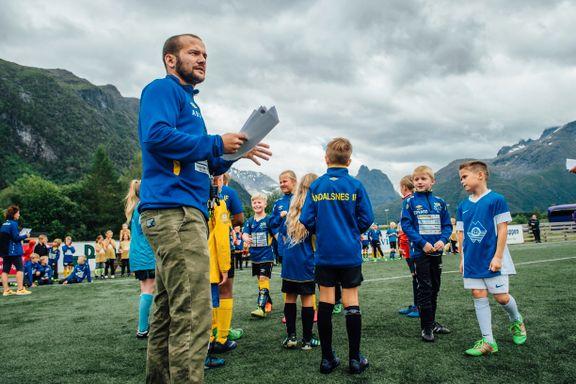 Østigårds overgang til Premier League gir penger til ÅIF: – Håper det kan bli en vitamininnsprøytning for hele klubben