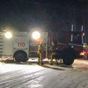 Bil gjennom isen på innsjø i Grue – bilføreren bekreftet omkommet
