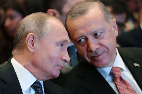 Faren for krig mellom Tyrkia og Assads Syria er overhengende. Nå gjør to «kjære venner» alt for hindre opptrapping.