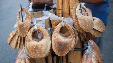 Originalen er formet som en veske. Lag det litt enklere med denne brødoppskriften.