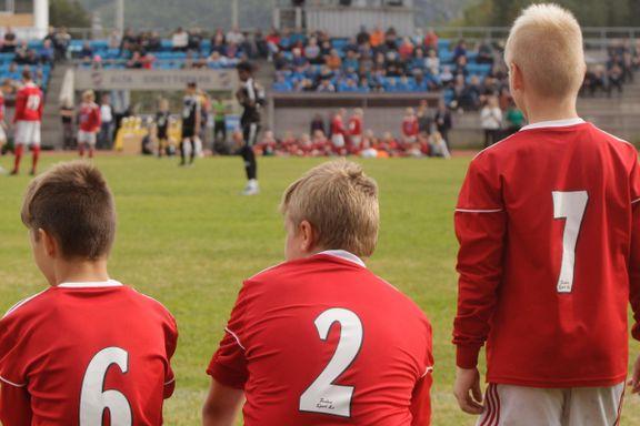 I ukevis har barna ventet på klarsignal: Torsdag håper Tromsø-klubbene på en gladnyhet