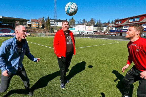 Høgli er manager for Nord-Norges første gatefotballag. Dette er hans viktigste mål.