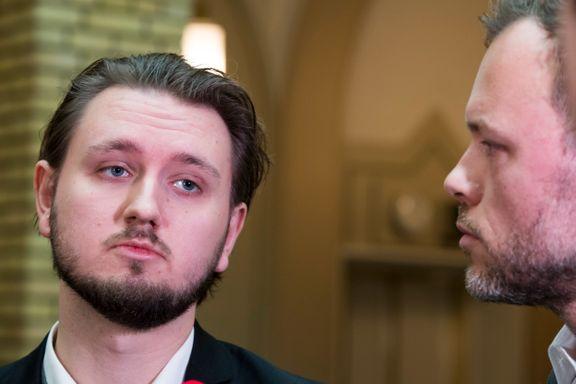 SV vurderer daddelvedtak om Hauglie er ute av regjeringen