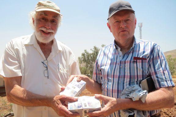 Overrakte én million i kontanter til ulovlige bosettinger