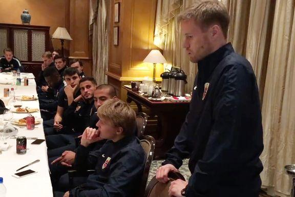 Her tar en preget Tom Høgli farvel med landslaget