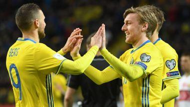 DIREKTE: Sverige spiller om VM-plass. Kan de ryste nok en stornasjon?