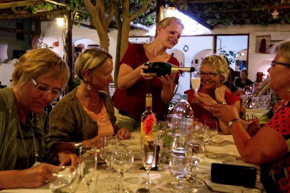Nordmenn strømmer til kriserammet Hellas
