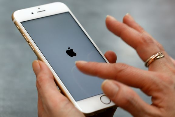 Se om det gjelder din telefon: Apple tilbyr billig batteribytte etter PR-tabbe