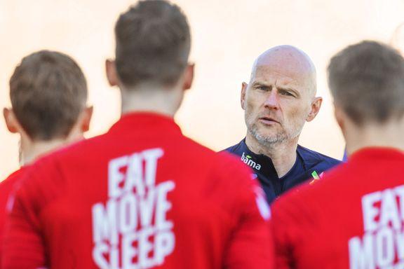 Fotballtoppene utfordrer Nakstad: – Skal virkelig sette deg inn i deres situasjon