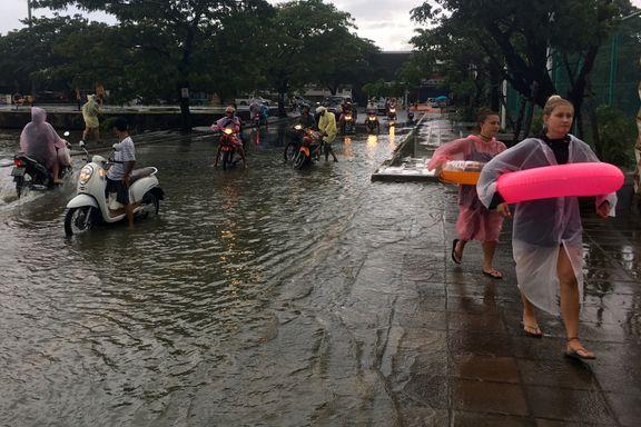 Tusenvis av landsbyer under vann i Thailand