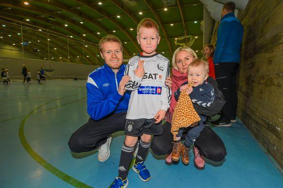Tom Høgli blir trener for sønnen og har satt sluttdato for karrieren