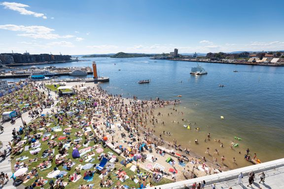 Aftenposten mener: Det er krise i fjorden og sommel i regjeringen