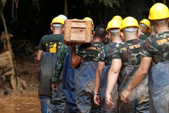 Dette er redningsarbeidernes fire alternativer for å få guttene ut av grotten