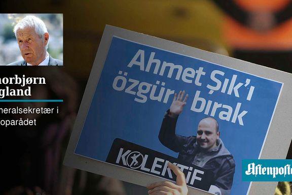 Fare for heksejakt og utrenskning av tyrkiske journalister | Thorbjørn Jagland
