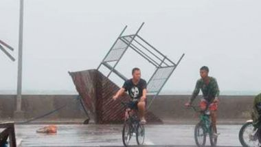 Tyfon treffer Filippinene. Nesten én million evakuert