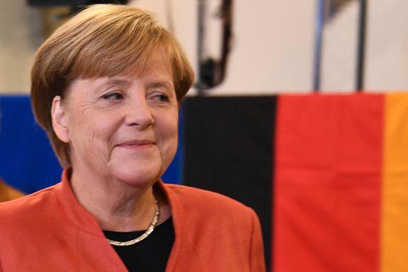 Valgdagsmåling: Merkel får fire nye år. Ytre høyre inn i parlamentet for første gang på over 50 år