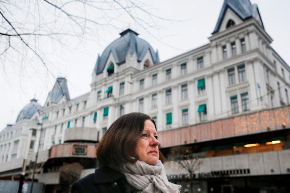 Hele familien ble drept av britiske bomber på nyttårsaften. Anne-Lise Juuls far Erik (18) overlevde.