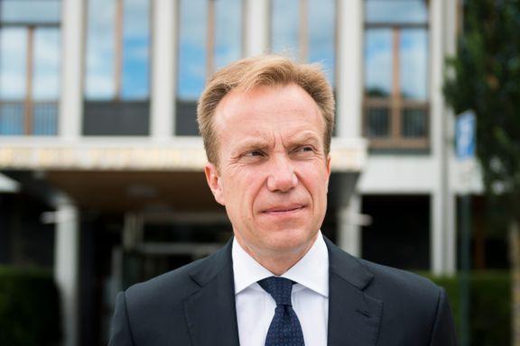Forskere kritiserer Børge Brendes utenrikspolitikk: «Passiv», «ad hoc» og «uklar»»