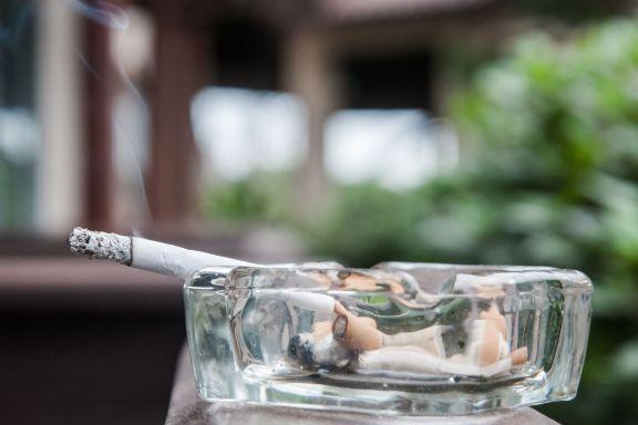 Advokaten svarer: Dette kan du gjøre dersom du blir plaget av naboens røyk