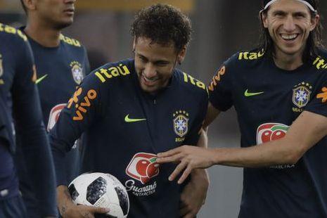 Neymars uttalelse skaper nye spekulasjoner om framtiden