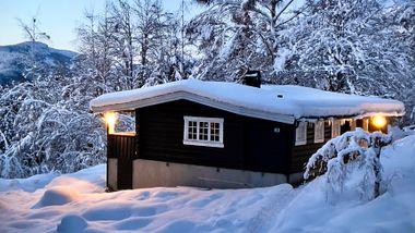 Voldsom prisvekst for hytter, men paret fikk drømmehytta for 990.000 kr