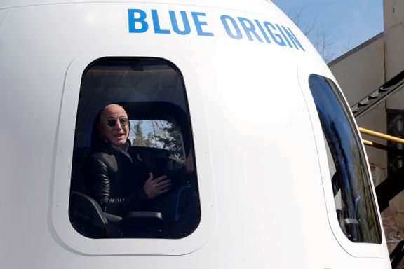Etter 21 år er Jeff Bezos' rakett klar. I dag skal verdens rikeste mann på sin første prøvetur.