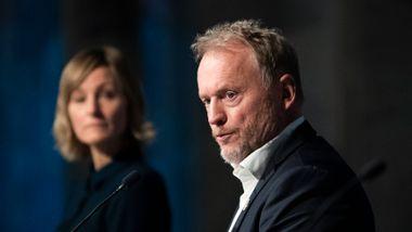 Oslofolk vil ikke stenge skolene. – Kan være eneste måten å stoppe smitten på, sier Raymond Johansen.
