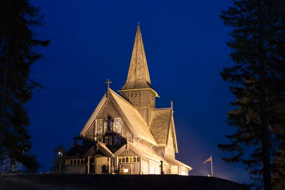 Fire av ti sier Norge er et kristent land