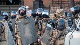 Putins regime slår jernring rundt Moskva i frykt for demonstrasjoner