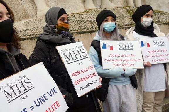 Frankrike vil forby hijab for mindreårige