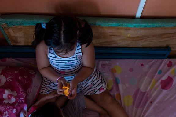 Syv år gamle «Trisha» får 200.000 kroner i oppreisning fra en norsk nettovergriper. Lillebroren «Shane» får ingenting.