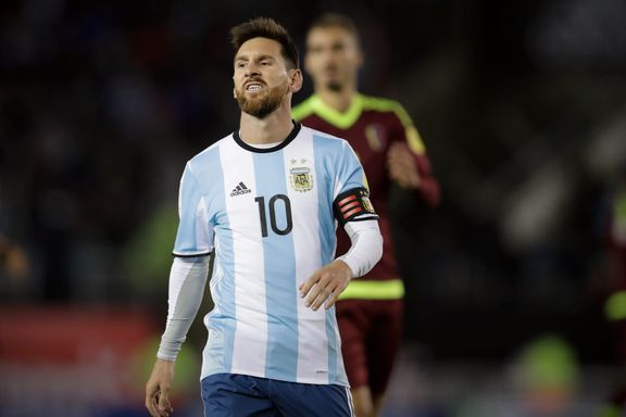 Mer VM-trøbbel for Messi og Argentina: Måtte reddes av selvmål
