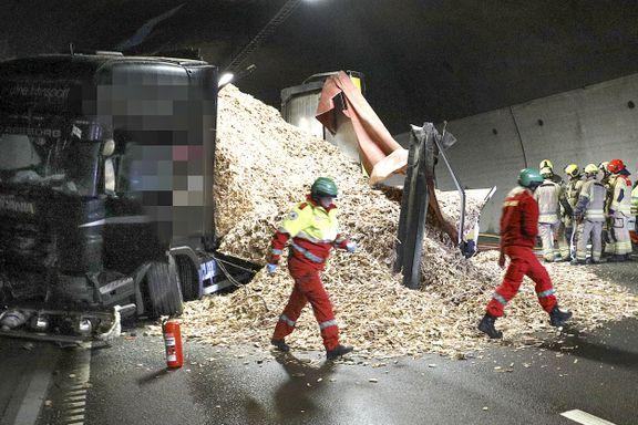 Oslofjordtunnelen stengt i begge retninger etter dødsulykke