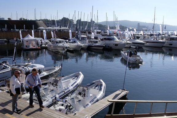 Nå selges brukte båter til samme pris som nye