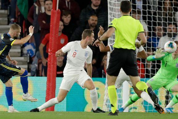 Valon Berisha scoret to mot England i målfest