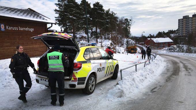 Dødsulykken i Kristiansand: Forsøkte å dytte barna ut av gangveien