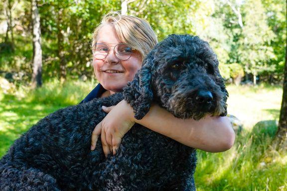Muffins Kråkebolle er død. Kronprinsparets hund ble syv år gammel.