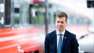 Legger bort fire år gamle jernbaneplaner: Det blir mindre dobbeltspor og færre nye stasjoner på Østlandet