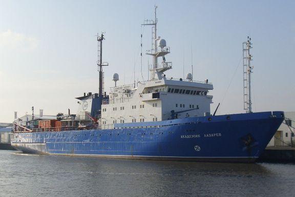 Slår alarm om russiske fartøy: – Jeg vil kalle dem spionskip