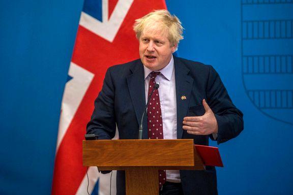 Boris Johnson advarer Russland etter at eks-spion og datter ble funnet med ukjent stoff