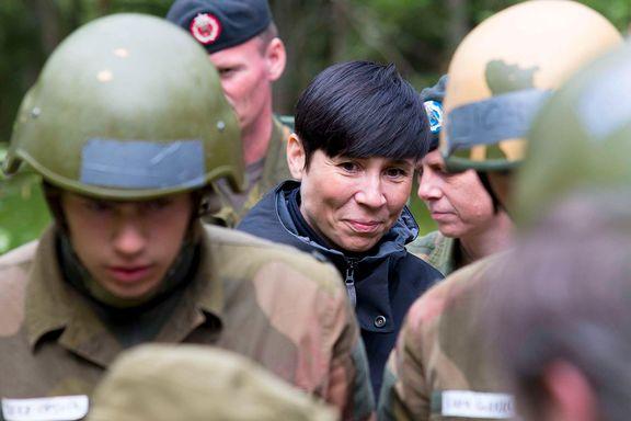 Hvor mange norske soldater er egentlig klare til å aksjonere på kort varsel? Det nekter forsvarsministeren å svare på.