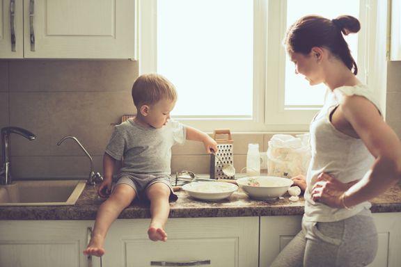 Kvinner får 23 prosent lavere pensjon enn menn: – Farlig å være hjemmeværende uten lønn